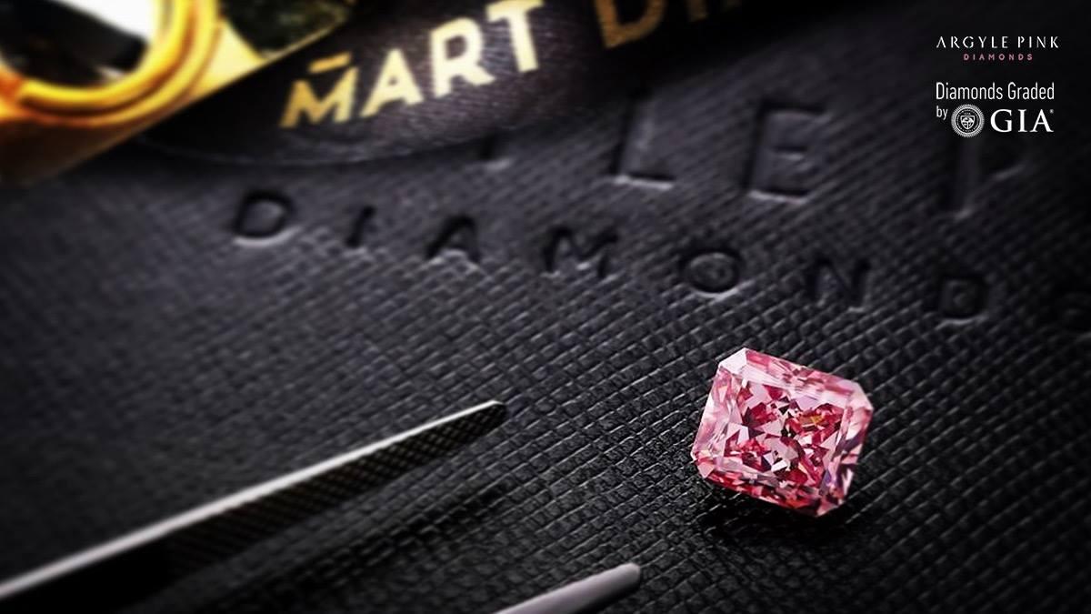Różowy diament z kopalni Argyle w kolekcji Mart Diamonds